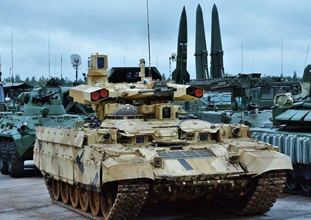 俄國防部透露今年勝利街閱兵式上將展示的新式武器裝備