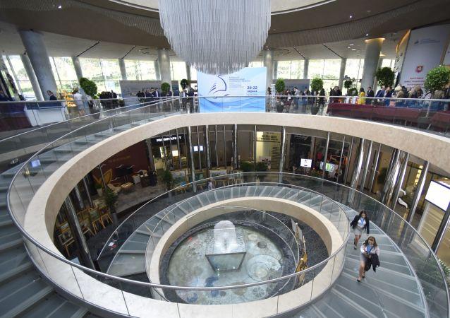 克里米亞共和國行政長官:希望中國公司能更積極投資半島商業項目