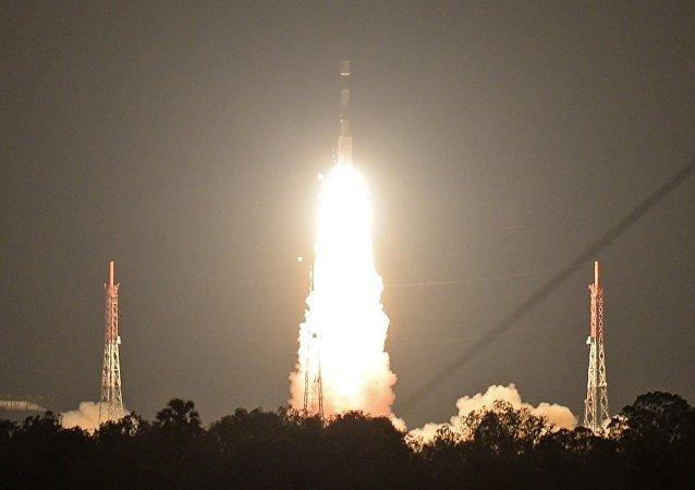 媒體:印度12月19日將把最新軍用通信衛星發射入軌