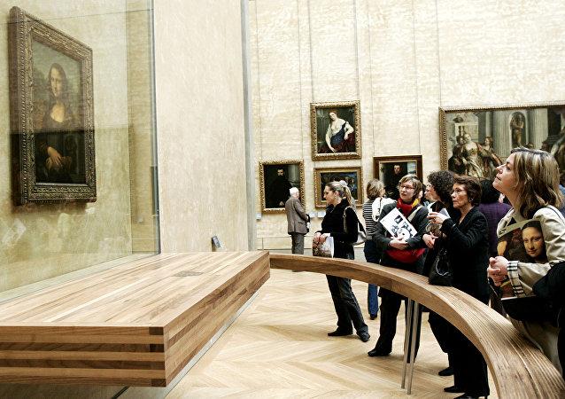 蒙娜麗莎的面部表情取決於賞畫者的情緒