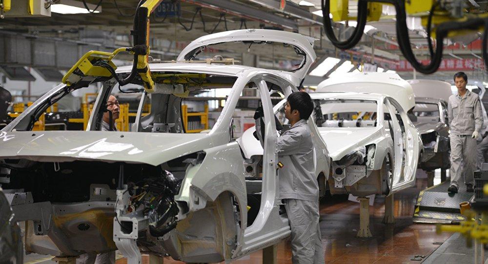 中國1-6月新能源汽車產銷同比高速增長