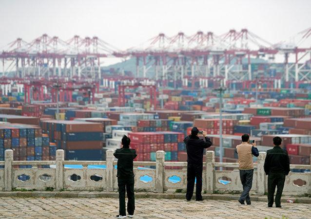 中國提醒美國貿易代表團不要在談判中硬來