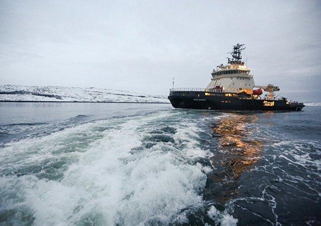 俄「伊利亞·穆羅梅茨」號破冰船