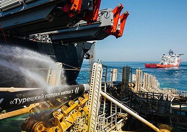 俄氣公司結束「土耳其流」第一條支線建設