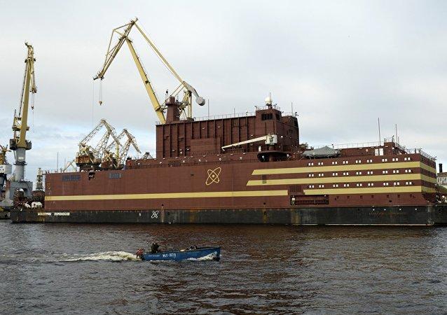 俄羅斯首座浮動核電站開始為反應堆添加核燃料