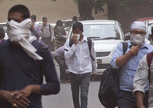 印度沙塵暴和暴雨造成60多人死亡