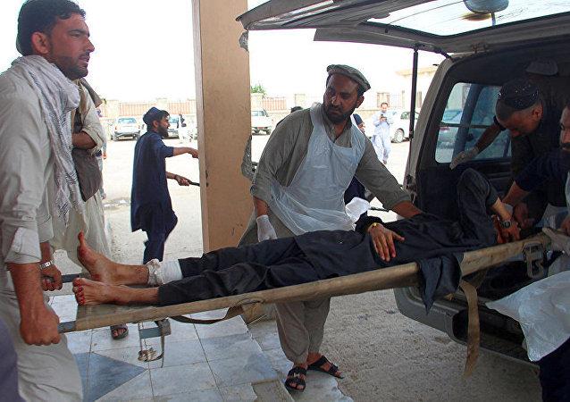 阿富汗東部霍斯特省清真寺發生的爆炸造成至少17人遇難,另有34人受傷