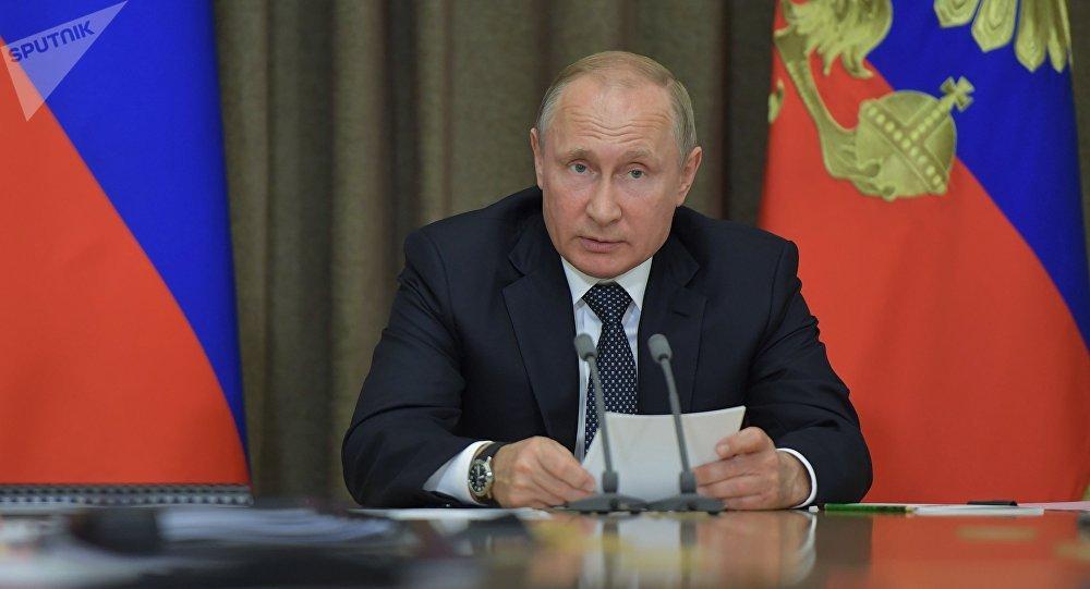 普京簽署了關於新政府機構的命令