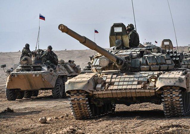 坦克T-80