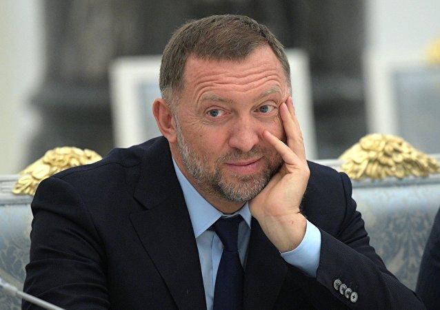俄億萬富翁:數字人民幣的推廣將有助於俄羅斯擺脫制裁限制