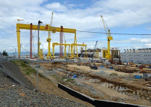 俄造船廠開始為聯合船運公司建造阿芙拉型油輪
