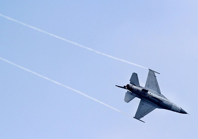 台軍一架F-16戰機失聯 宣佈同型機全面停飛