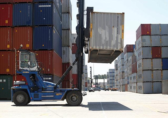 特朗普:美國對輸美商品加徵25%的關稅