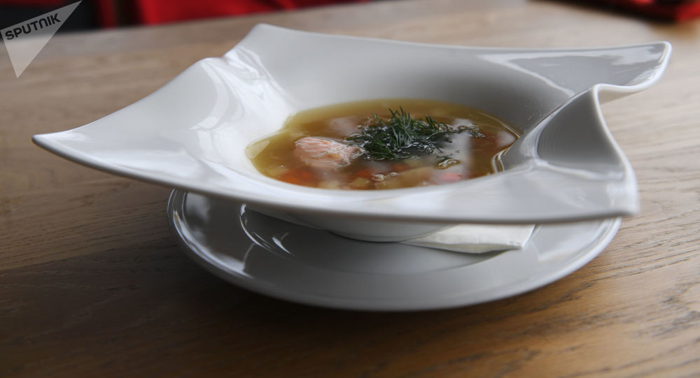 莫斯科沃羅涅日餐館裡的魚湯。