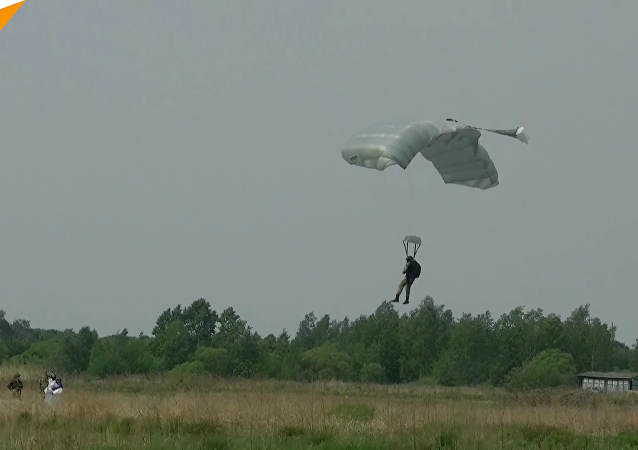 哈巴羅夫斯克進行空降兵訓練