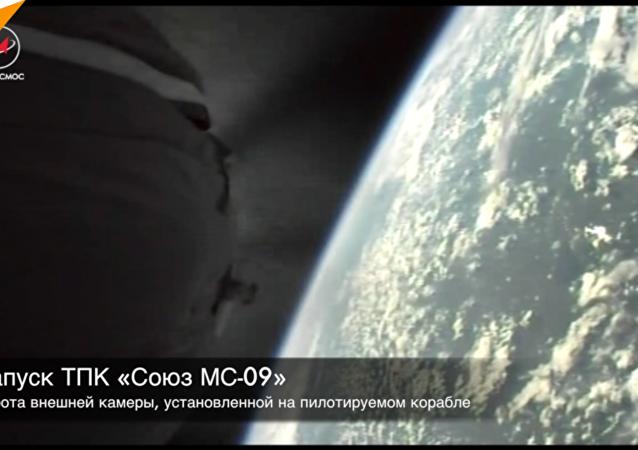 俄航天國家集團公司首次展示「聯盟號」飛船脫離火箭瞬間