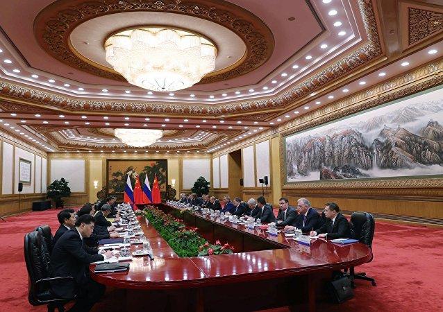 普京與習近平簽署俄中聯合聲明