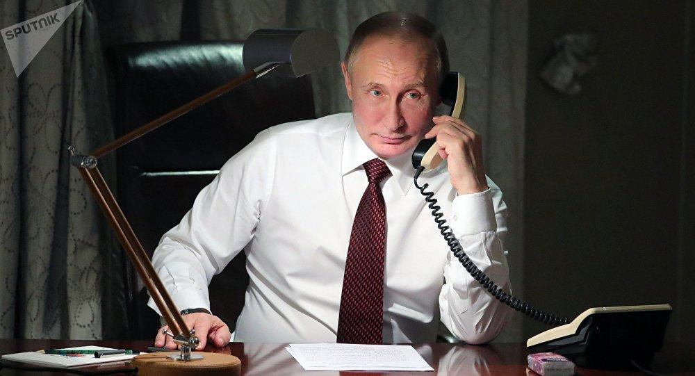 普京首次與澤連斯基通電話