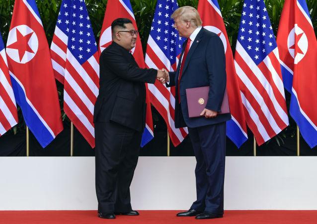美國總統特朗普與朝鮮最高領導人金正恩於6月12日在新加坡