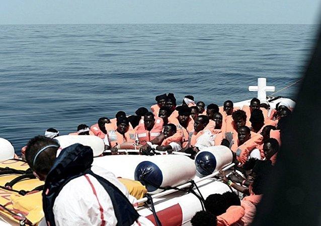 法國稱會接收慈善船「水瓶座」號上的部分移民