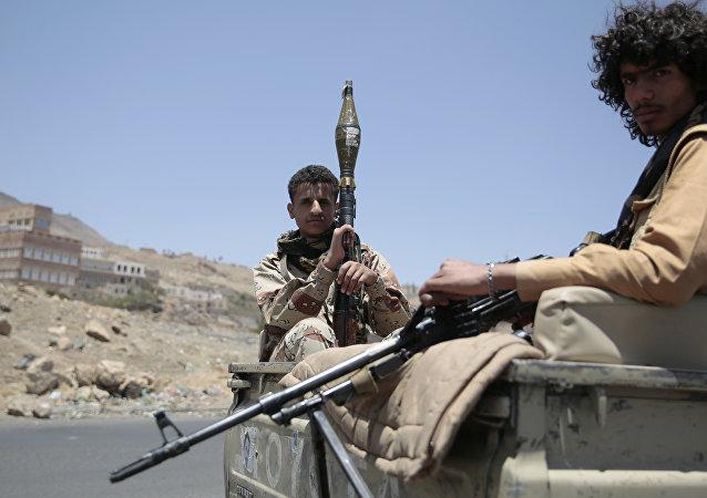 沙特國防部:繼續支持也門政府及其軍隊打擊胡塞武裝