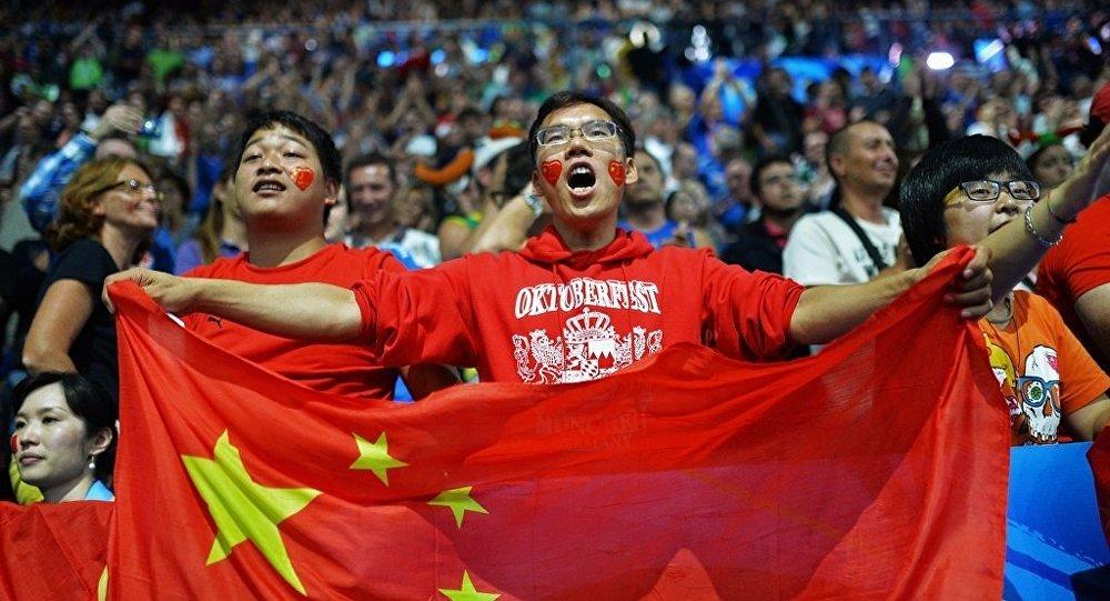2018世界杯期間萬余中國顧客在中央百貨和列寧格勒百貨享受退稅服務