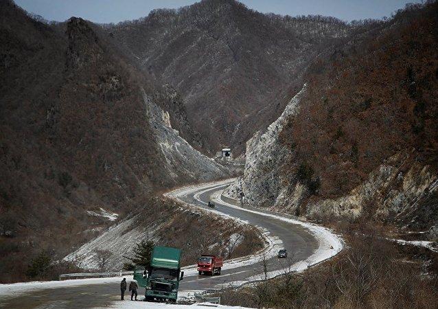 韓朝聯合研究朝鮮公路現代化問題