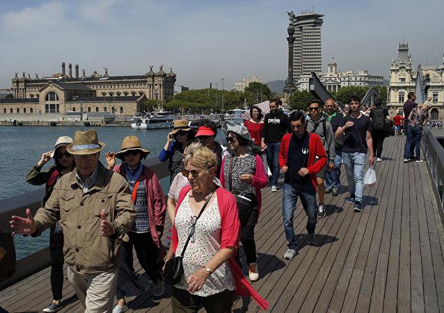 巴塞羅那抗議者抗議遊客過多
