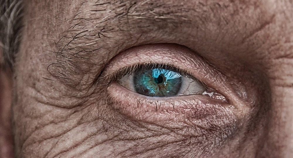 世界最老的男子在英國去世 終年112歲