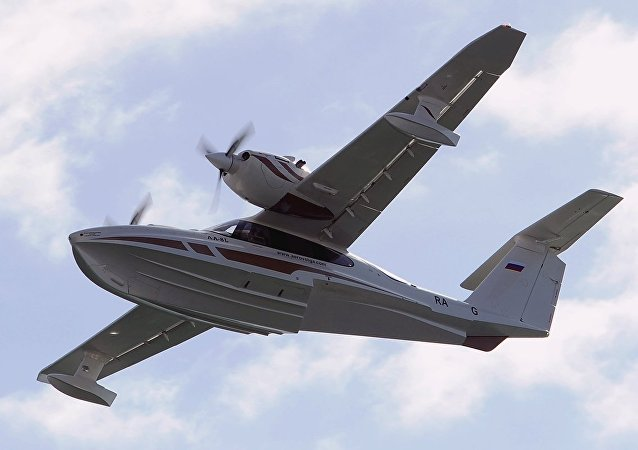 LA-8 水陸兩棲飛機