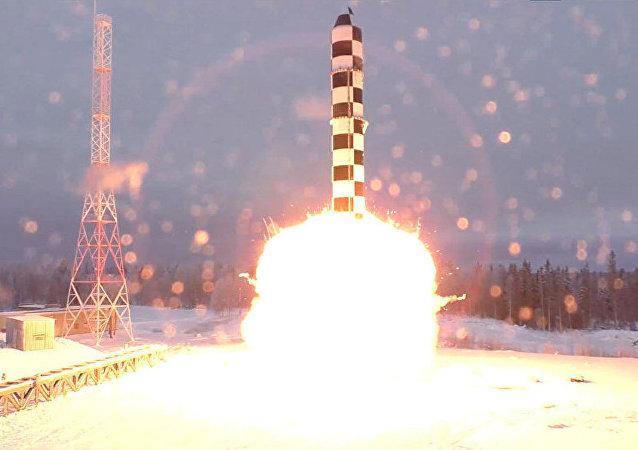 俄副總理鮑里索夫介紹俄羅斯最強武器