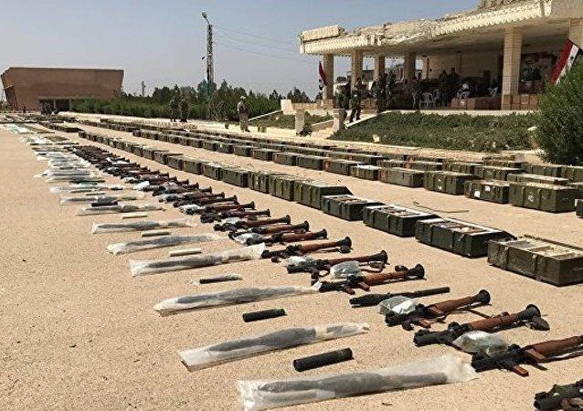 武裝分子們的彈藥和武器