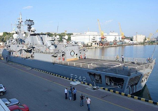 北約軍用運輸機飛抵敖德薩參加海上微風軍演