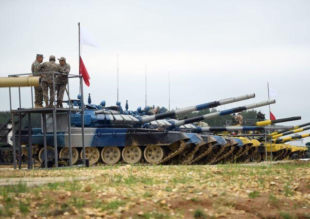 坦克兩項比賽
