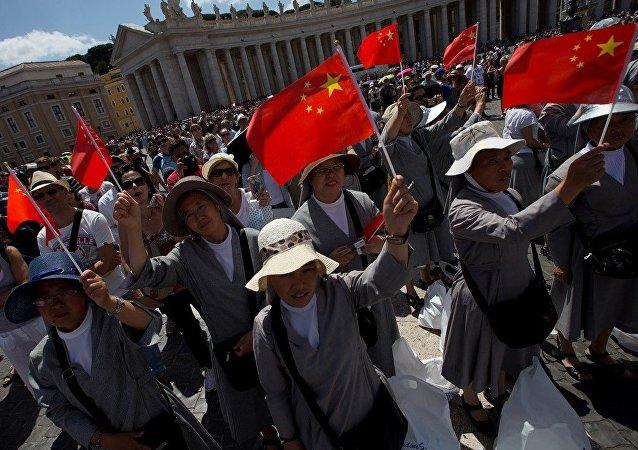 中國的宗教活動將在國旗下進行