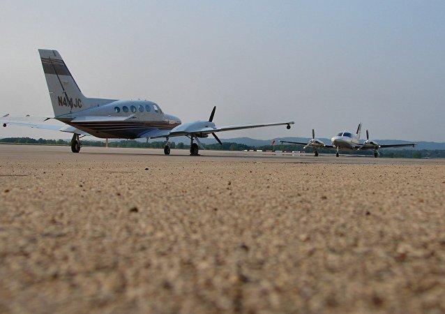 塞斯納414飛機