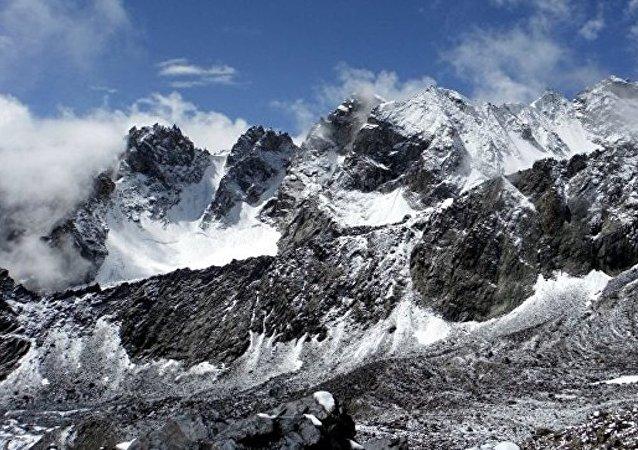 三名在塔吉克斯坦受傷的俄羅斯登山者已出院