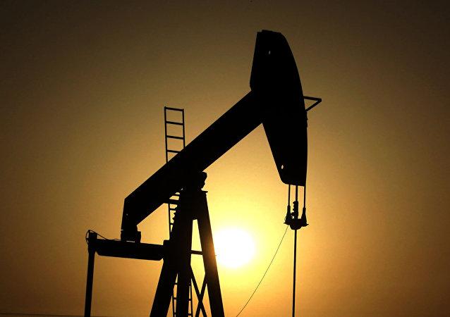 俄羅斯能源部預測俄2018年石油產量將增至5.56億噸