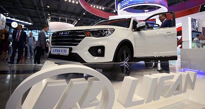 2018年莫斯科國際車展:俄「車隊」項目汽車首亮相 中國汽車風頭最盛