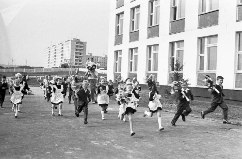 蘇聯的學校。1974年。