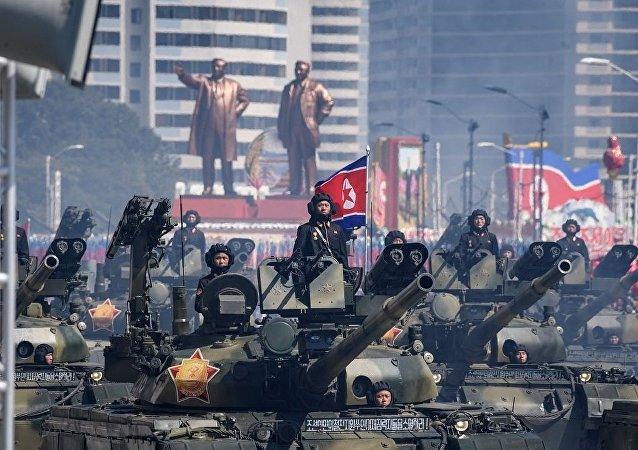 朝鮮慶祝勞動黨成立75週年舉行大規模閱兵