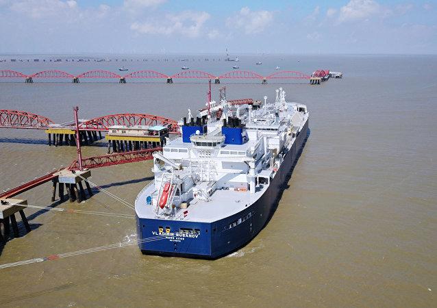 中國海關總署:一季度中國原油和天然氣進口分別增加5% 和1.8%