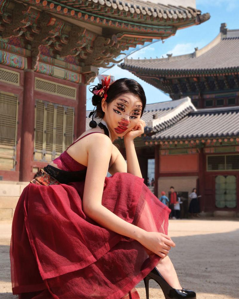 韓國藝術家在自己身上創作奇幻錯視圖