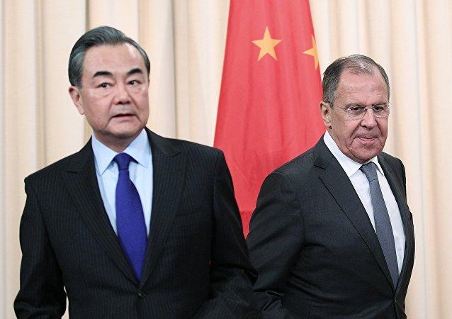 拉夫羅夫與王毅就俄中在聯合國安理會的互動進行討論