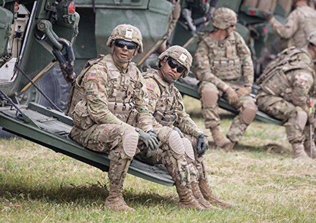 波蘭總理之父稱該國境內無需美軍基地