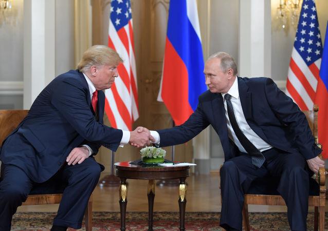 普京和特朗普(資料圖片)