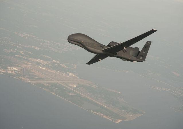 美國軍機和無人機在克里米亞附近偵察