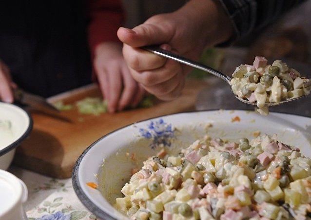 西班牙選出了「最好的俄羅斯沙拉」