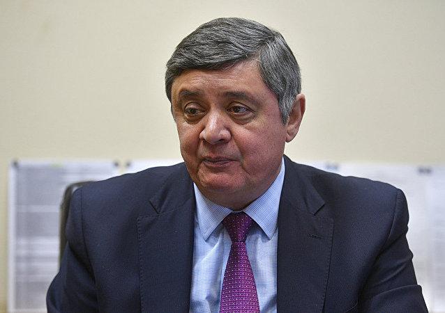 扎米爾•卡布洛夫