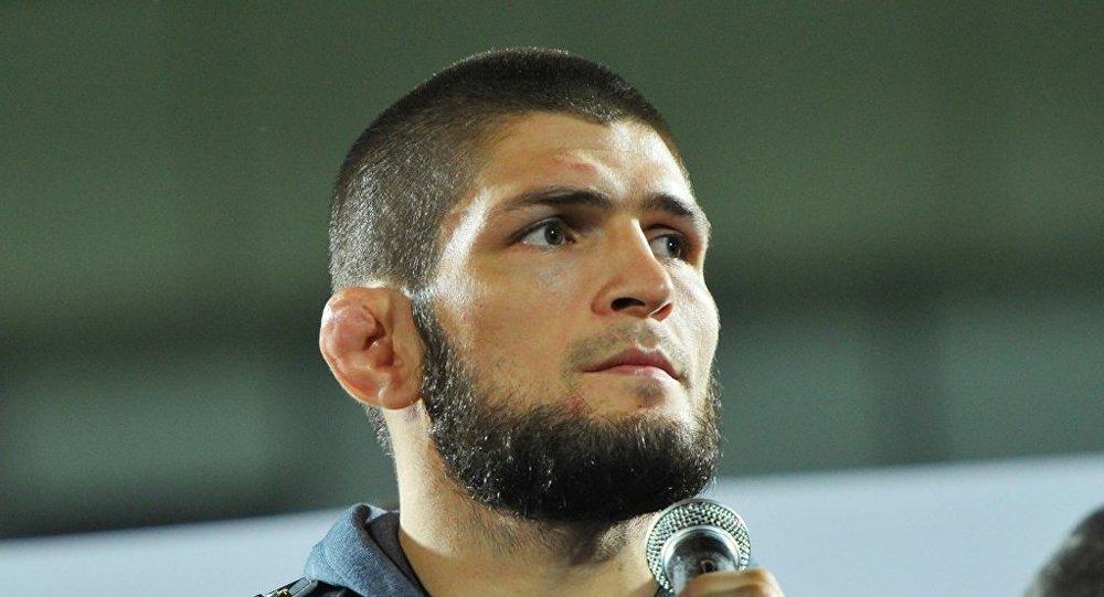 普京邀請UFC冠軍努爾馬戈梅多夫做客克宮